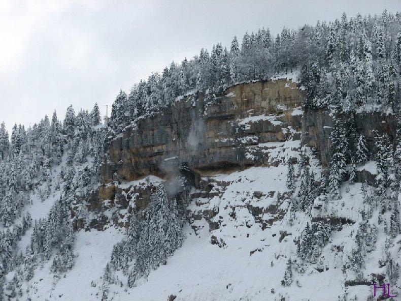 Dimanche de neige dans la vallée de la Valserine - 7 février 2010 0006