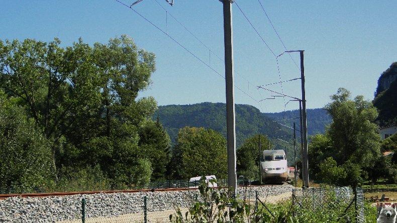 Essais techniques sur la ligne du Haut-Bugey - 01/09/2010 0003